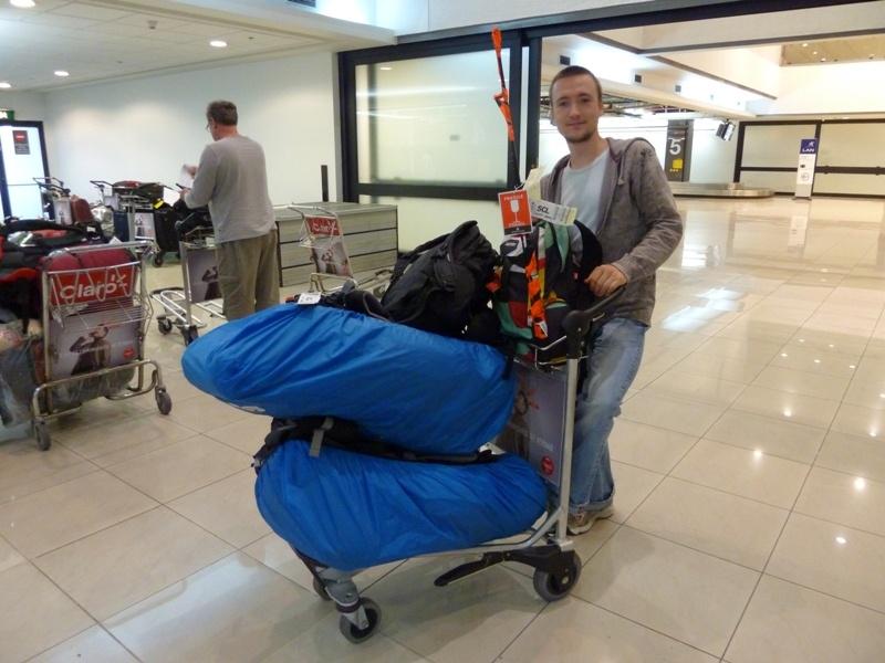 ...mit Sack und Pack ging´s nach Chile! (die Gewichtsgrenzen beim Gepaeck konnten wir gerade noch einhalten ;))